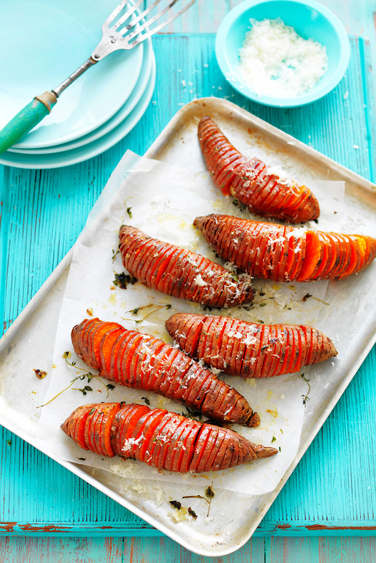 This easy hasselback sweet potatoes recipe is a delicious alternative to white potatoes as a side.