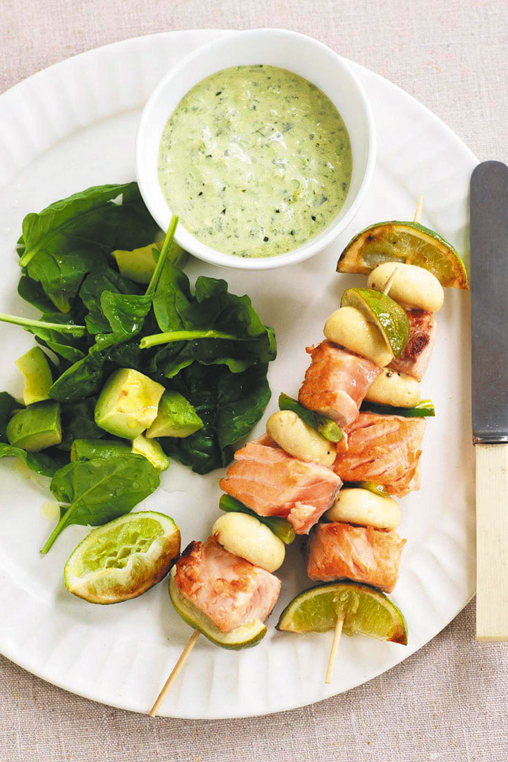 This quick and easy low carb salmon and mushroom skewers are a light family dinner idea.