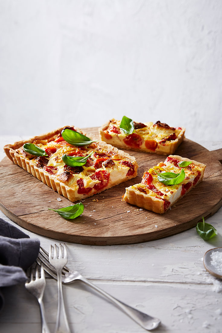 This stunning vegetarian tomato and goats cheese tart recipe is a great make-ahead dish for Mother's Day.