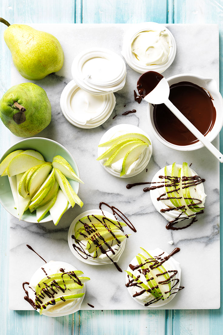 This pear pavlova nests with chocolate drizzle is the perfect 5 minute dessert for last-minute guests or if your in a need a sugar fix.