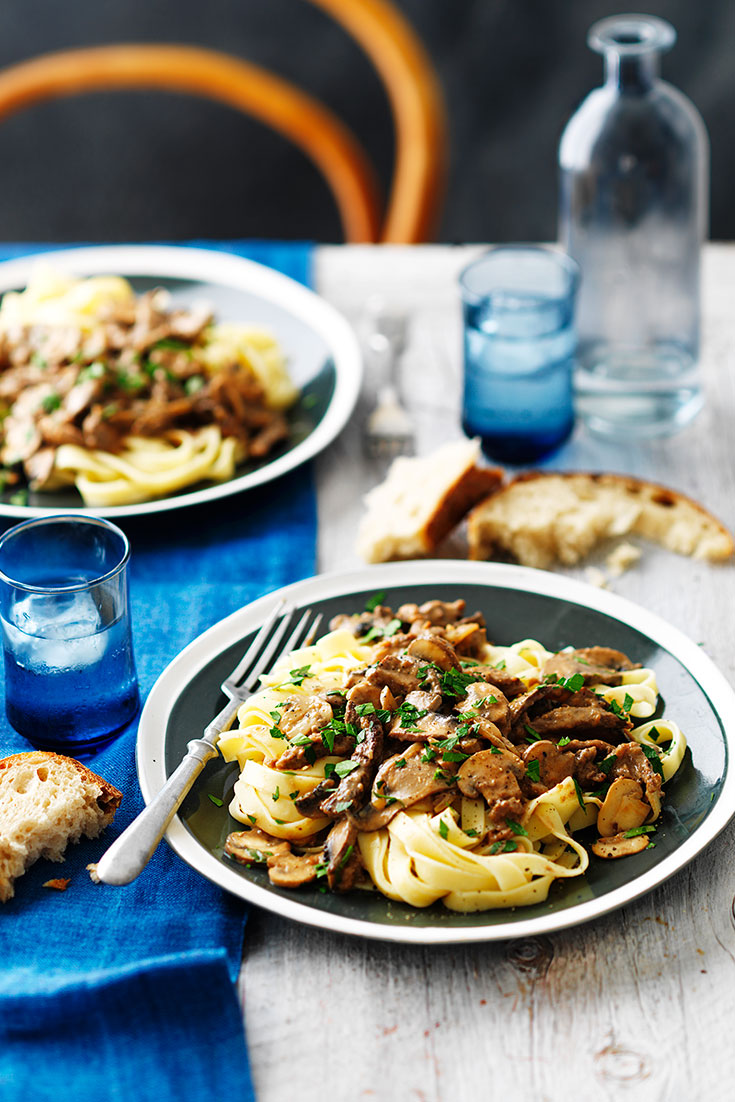 This warming beef and mushroom stroganoff recipe is the ultimate dish for families to enjoy for dinner. Starting with a flavoursome base of fried onions.