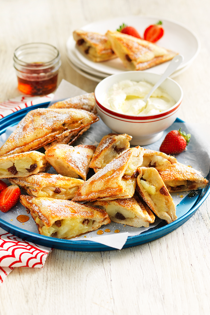This decadent hot apple pie jaffle recipe is a delicious dessert if you need a quick sweet fix.