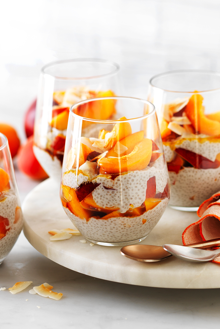 These easy nectarine and apricot coconut chia puddings are the perfect make-ahead breakfast idea. Make-ahead chia puddings.