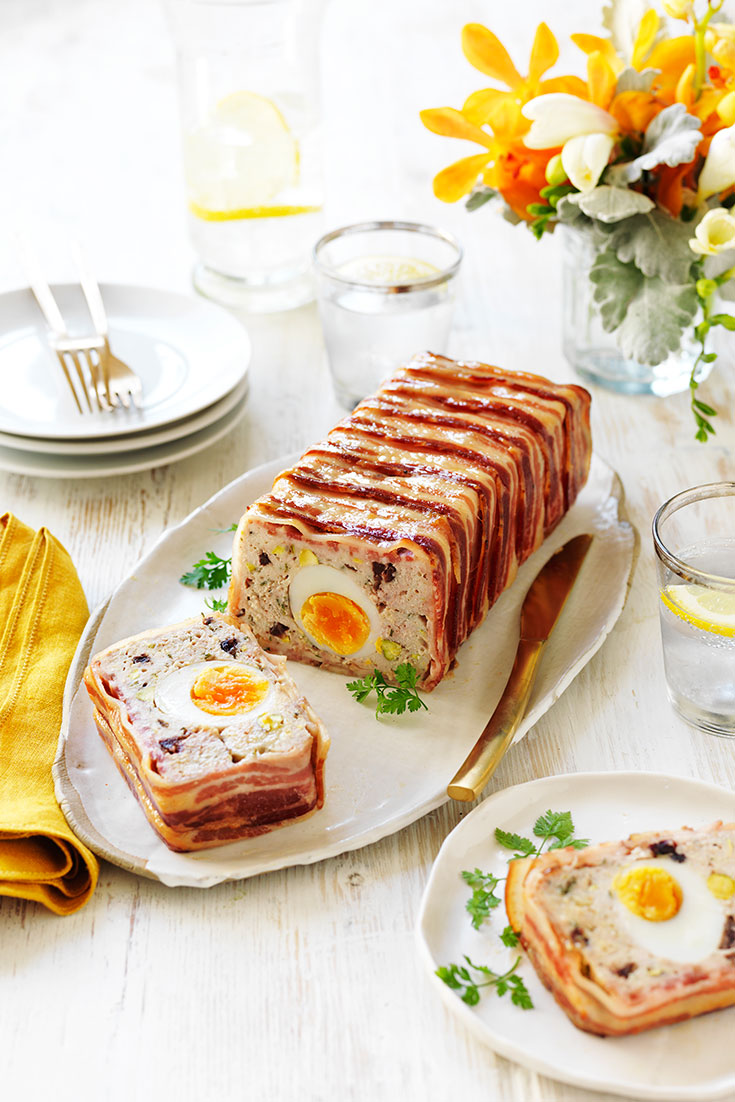 How to make chicken and pork terrine. This irresistible chicken and pork terrine with egg centre recipe is the perfect lunch or dinner idea to enjoy during summer.