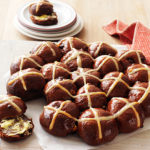 how to make chocolate hot cross buns