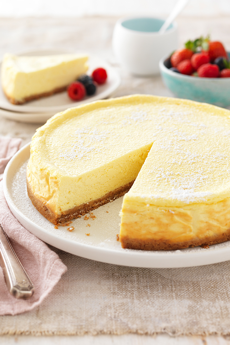 How to make the best baked cheesecake.
