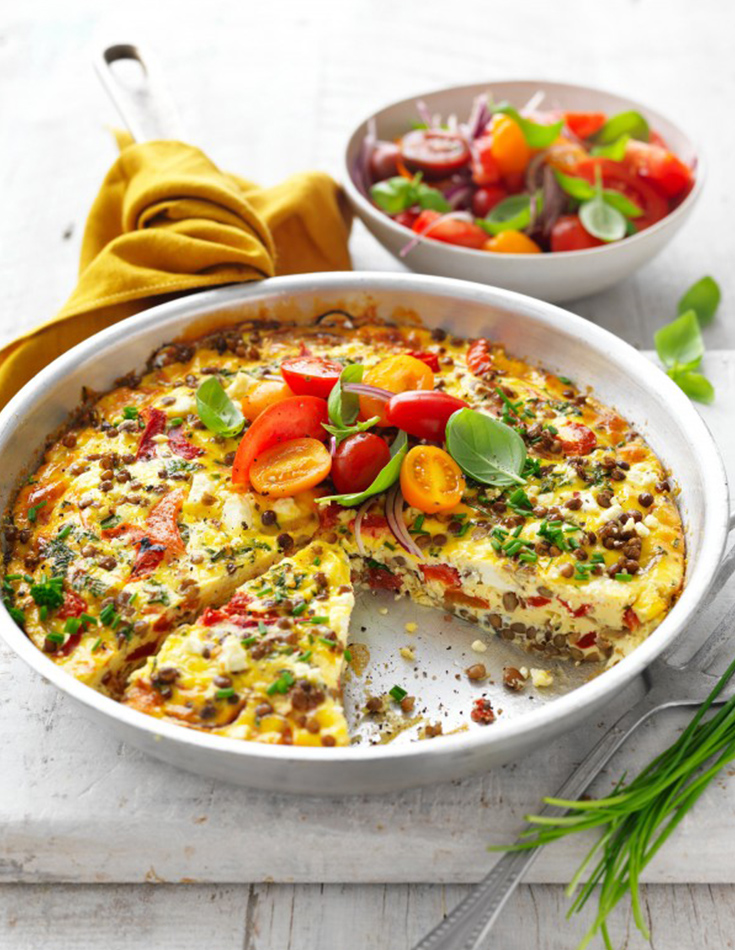 This healthy frittata recipe is gluten free. The one-pan frittata is an easy vegetarian recipe and high-protein.